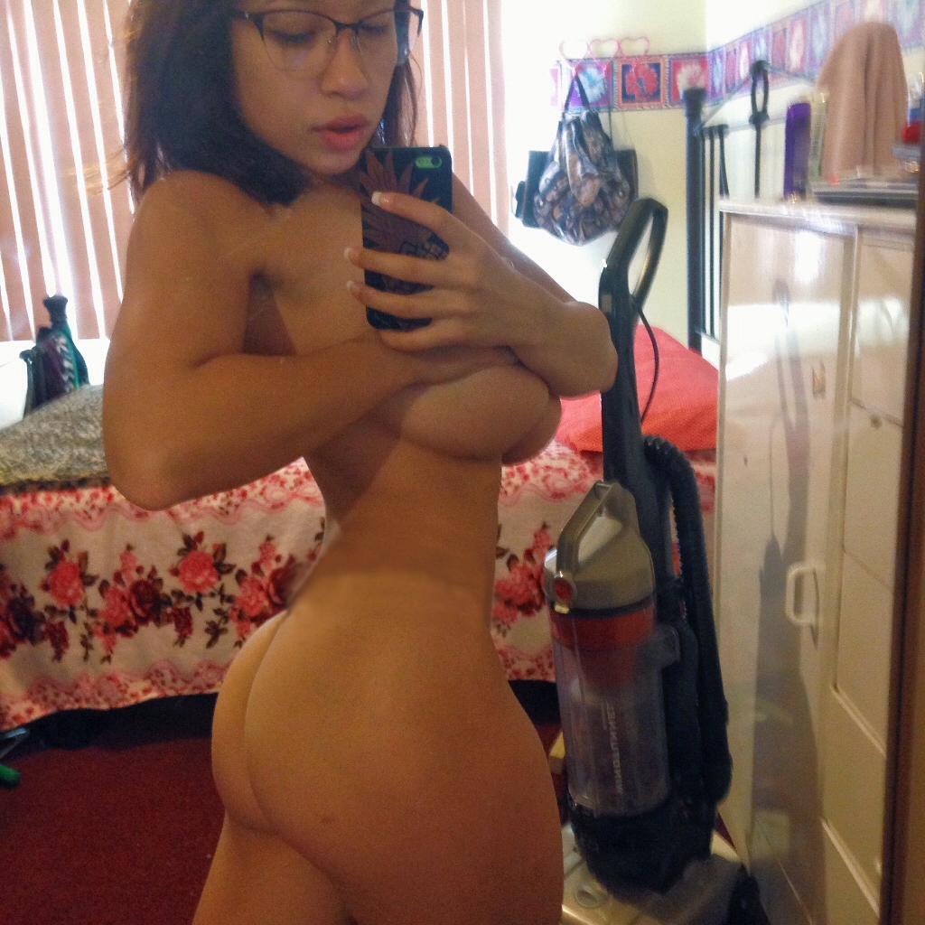 elizabeth anne nude