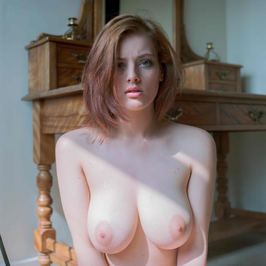 lotti rose boobs