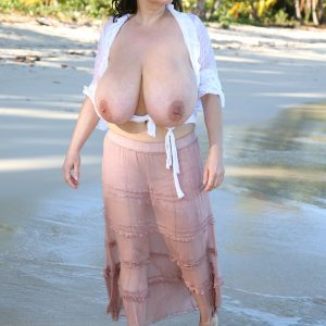 milena velba beach topless