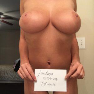 avafoxx nude