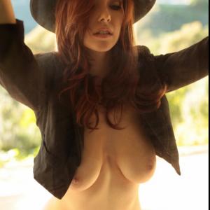 elizabeth marx tits