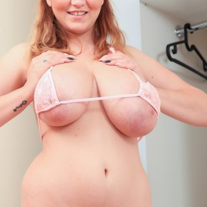myboobs paradise huge boobs erin