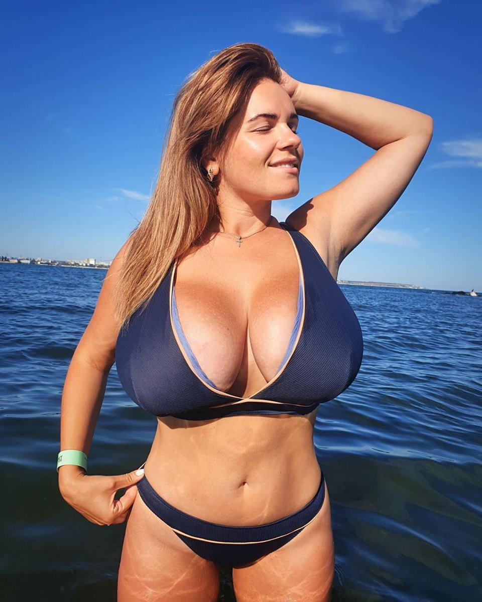 jenny oops tits