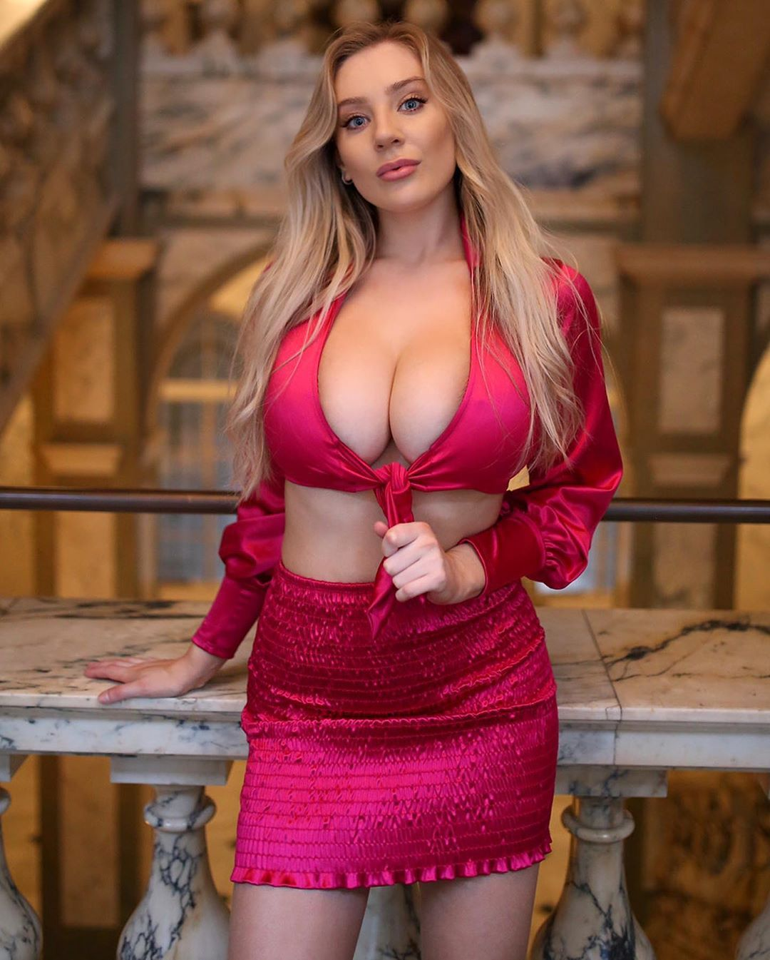 Miss BoobsRealm 2020 Group C- Busty Glamour