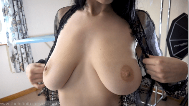ruby alexa boobs