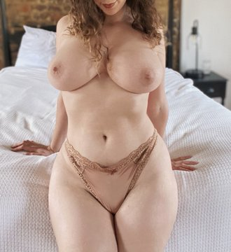 alisa bolt boobs