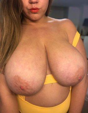 jessiegiantjuggs boobs