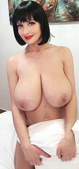 lisa_bukawski scoreland boobs
