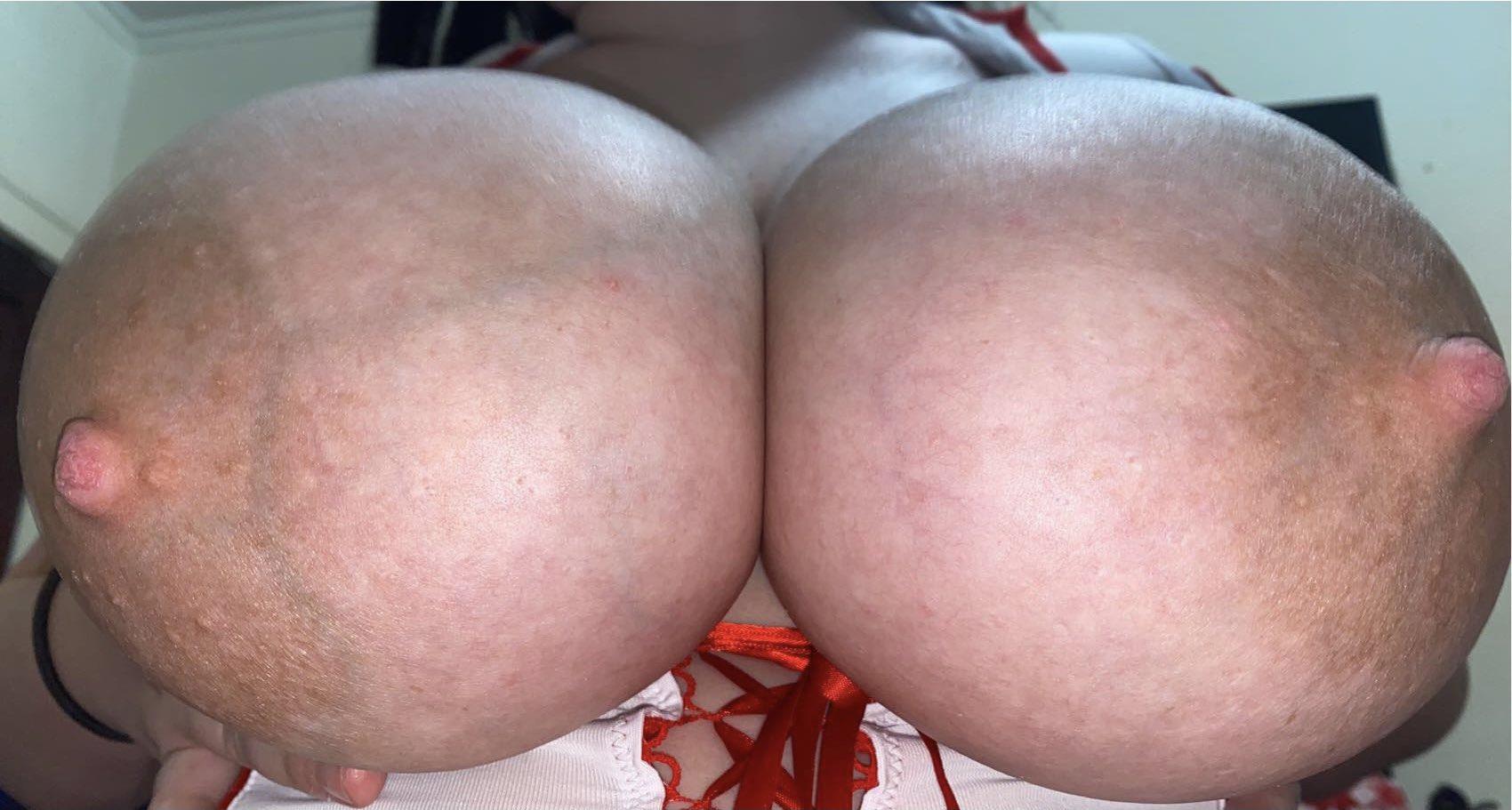 rilee lovee tits